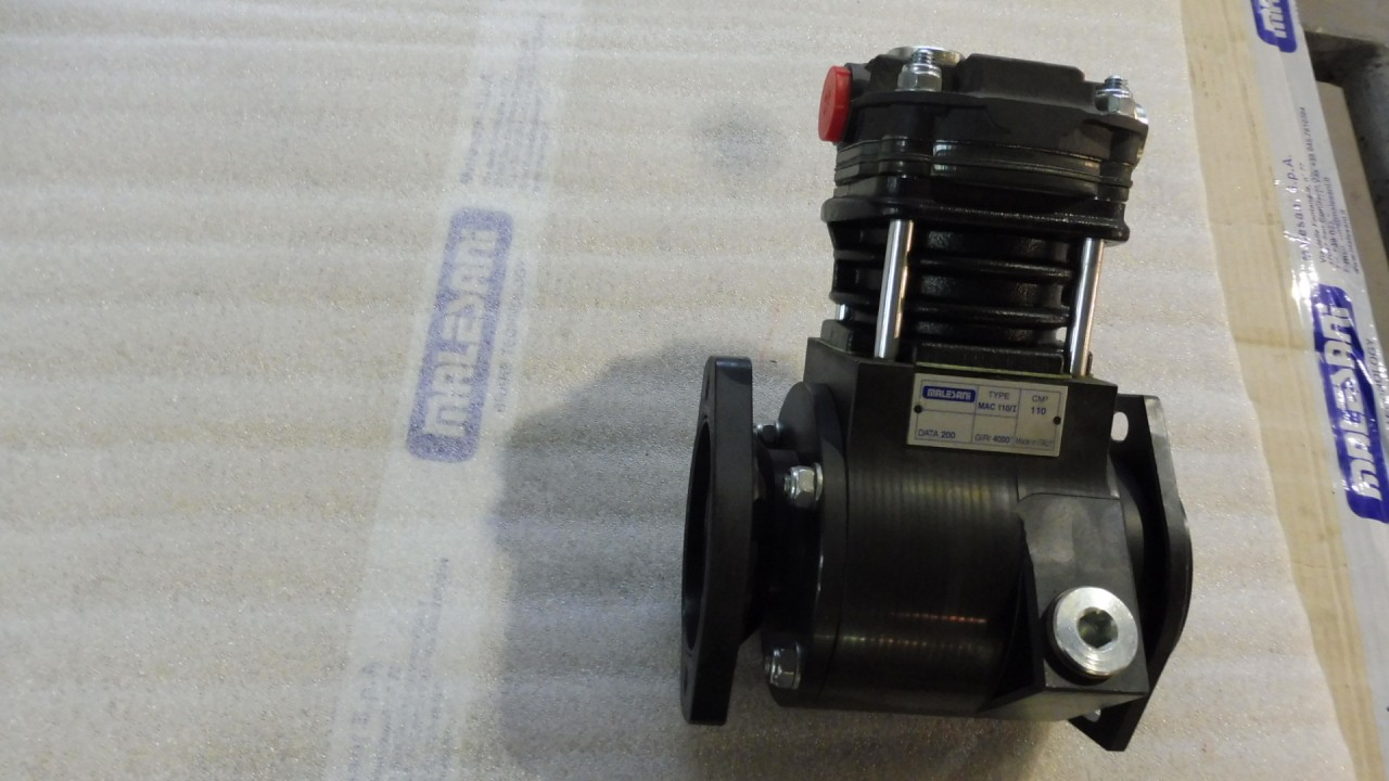 compressore-ad-ingranaggi-mac-110-i-per-kubota-con-pompa.jpg