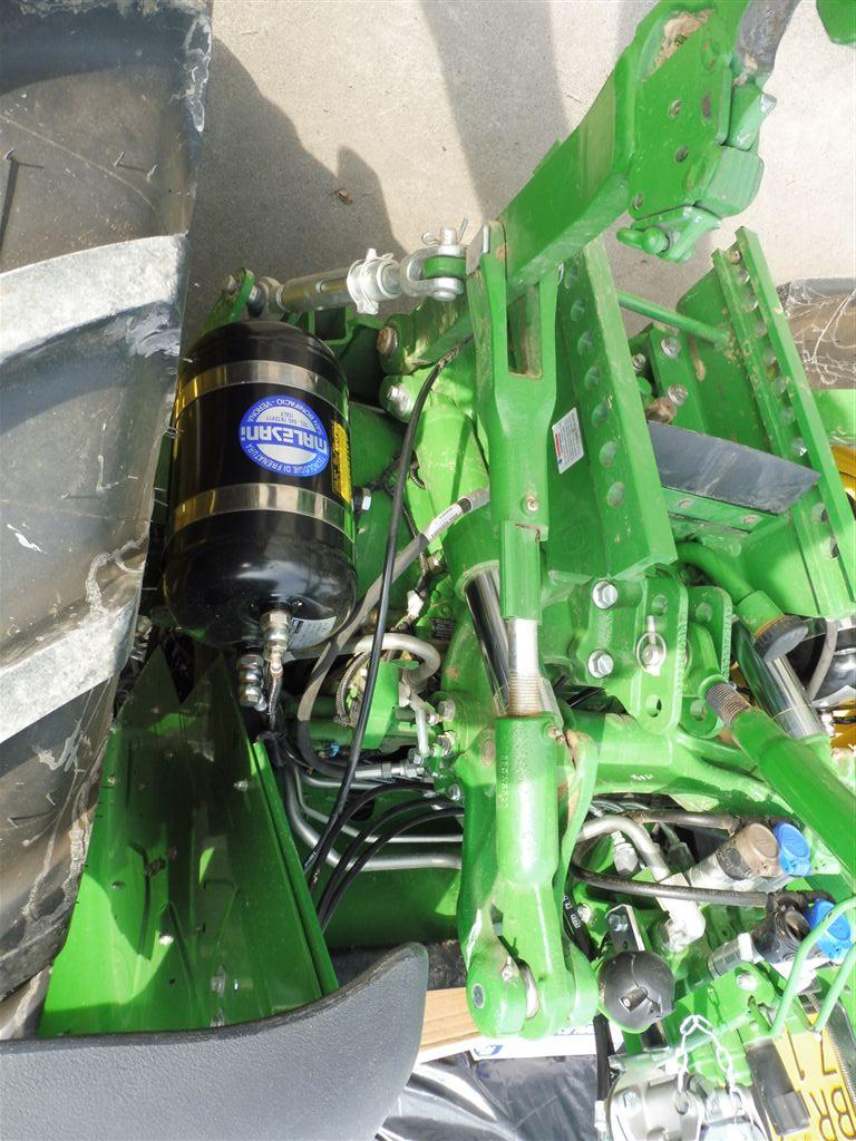 impianto-frenante-pneumatico-per-trattore-john-deere-serie-m-senza-cabina4.jpg
