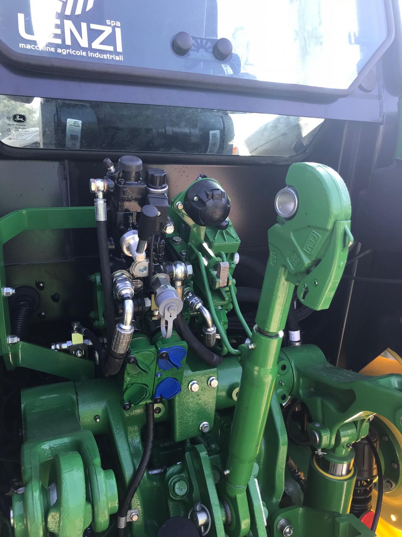 Impianto di Frenatura Idraulica John Deere 5115R